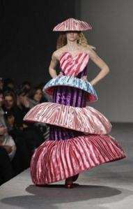 weird-fashion03